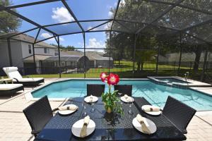 Five-Bedroom Comrow Villa #7742, Ville  Orlando - big - 42