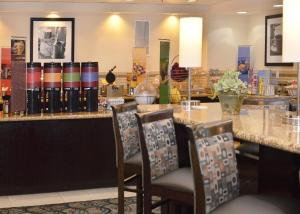 Hampton Inn Kernersville, Hotels  Kernersville - big - 7
