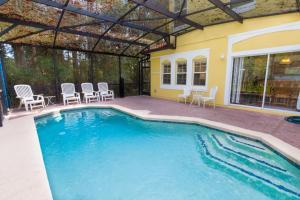 Four-Bedroom Yellow Villa #3000, Ville  Orlando - big - 32