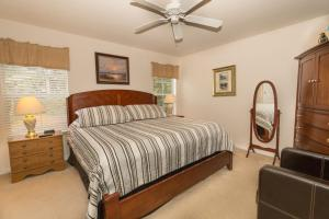 Four-Bedroom Yellow Villa #3000, Ville  Orlando - big - 39