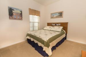 Four-Bedroom Yellow Villa #3000, Ville  Orlando - big - 42