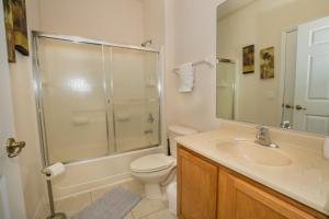 Four-Bedroom Yellow Villa #3000, Ville  Orlando - big - 44