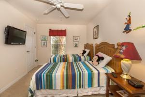 Four-Bedroom Yellow Villa #3000, Ville  Orlando - big - 45