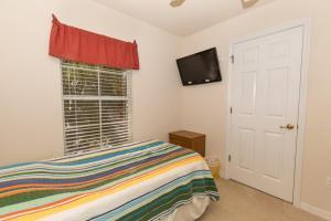 Four-Bedroom Yellow Villa #3000, Ville  Orlando - big - 46