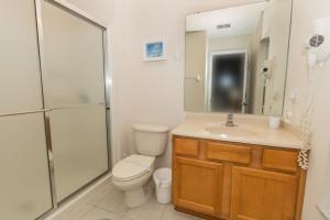 Four-Bedroom Yellow Villa #3000, Ville  Orlando - big - 47