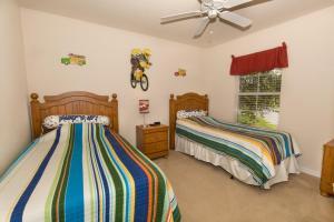Four-Bedroom Yellow Villa #3000, Ville  Orlando - big - 48
