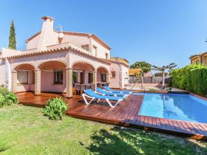 Holiday home Amfora 64, Villen  Sant Pere Pescador - big - 29
