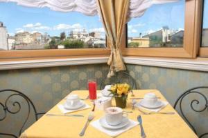 Hotel La Lumiere Di Piazza Di Spagna, Szállodák  Róma - big - 33