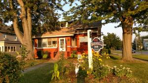 Marshall Inn - Accommodation - Port Clinton
