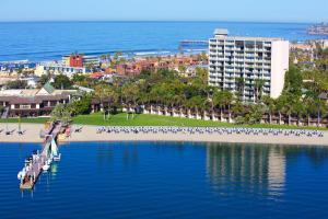 Catamaran Resort Hotel and Spa (1 of 38)