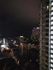 The Base Condo by Avi - Pattaya Central