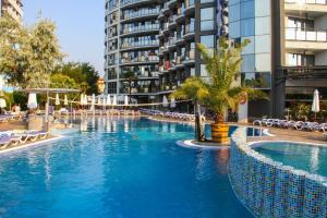 Курортный отель Smartline Meridian