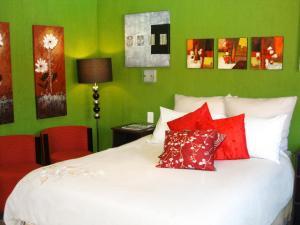 . Boga Legaba Guest House & Conference Centre