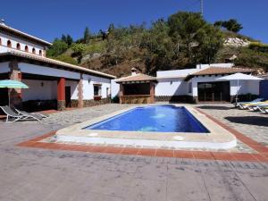 Villa Alejandro, Vily  Sayalonga - big - 4