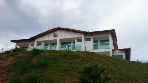 Apartamentos Mirante de Escarpas, Apartmanok  Capitólio - big - 71