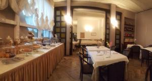 Hotel Ariston.  Photo 9