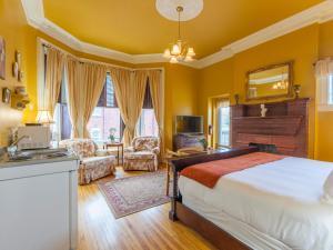 Chipman Hill Suites - Sydney Street - Fredericton