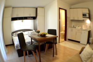 Rooms & Apartments Villa Anka, Апартаменты  Тучепи - big - 3