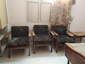 Srinivasa Lodge, Lodges - Hyderabad