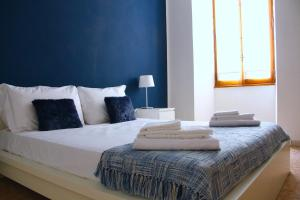 2 Bedroom Flat In St.John's - AbcRoma.com