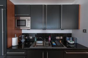 The Deluxe West End Apartment, Apartments  Edinburgh - big - 24