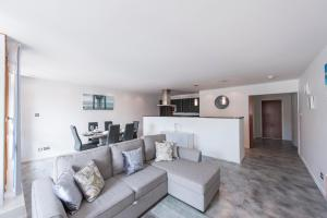 The Deluxe West End Apartment, Apartments  Edinburgh - big - 28