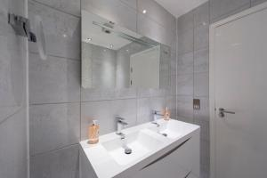 The Deluxe West End Apartment, Apartments  Edinburgh - big - 41