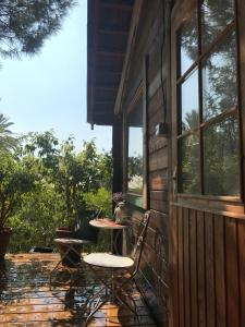 wooden Edge Of The Village, Lodges  Ma'ale Gamla - big - 50