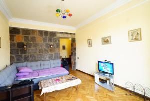Center Apartment Nalbandyan, Apartments  Yerevan - big - 1