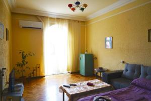 Center Apartment Nalbandyan, Appartamenti  Erevan - big - 32