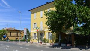 Mastroianni's Bed & Bistrò - Hotel - Parma