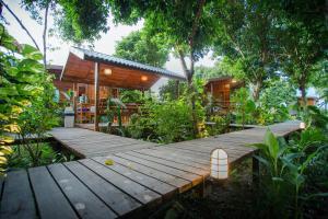 Romyen House, Гостевые дома  Ban Nong Nam Khan - big - 8