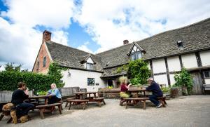 The Fleece Inn (3 of 39)