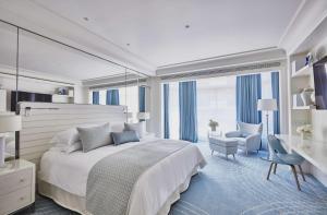 grand hyatt cannes h244tel martinez review france travel