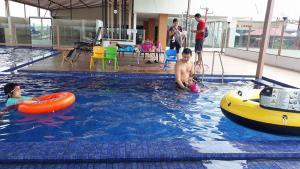 City Hotel, Hotel  Tasikmalaya - big - 61