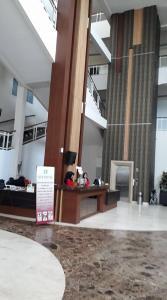 City Hotel, Hotel  Tasikmalaya - big - 34