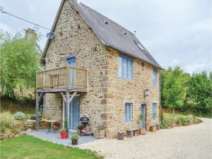 Holiday Home Cauesmes Vaucé with Fireplace IV - Le Teilleul