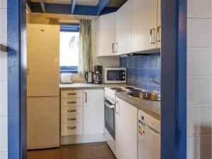 Two-Bedroom Apartment in Tjeldsto, Ferienwohnungen  Tjeldstø - big - 9