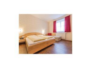 Three-Bedroom Apartment in Flachau