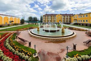 Курортный отель Барская Усадьба, Волга