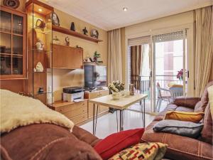 obrázek - Three-Bedroom Apartment in Pineda de Mar