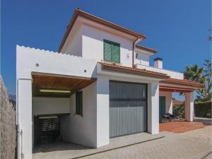 Four-Bedroom Holiday Home in St. Cebria de Vallalta, Prázdninové domy  San Cipriano de Vallalta - big - 3