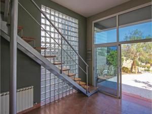 Four-Bedroom Holiday Home in St. Cebria de Vallalta, Prázdninové domy  San Cipriano de Vallalta - big - 16