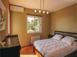 Four-Bedroom Holiday Home in St. Cebria de Vallalta, Prázdninové domy  San Cipriano de Vallalta - big - 19