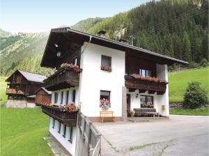 Two-Bedroom Apartment in St.Jakob im Defereggen