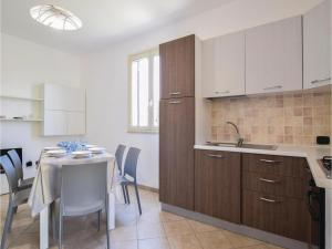 Villa Le Coccinelle, Holiday homes  Campofelice di Roccella - big - 14