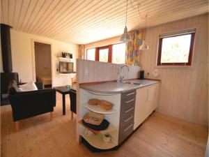 Holiday home Snedsted 59, Holiday homes  Stenbjerg - big - 14