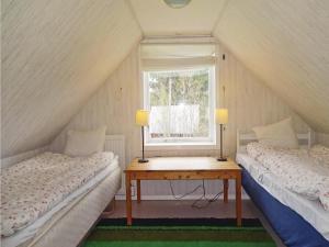 Three-Bedroom Holiday Home in Svangsta, Dovolenkové domy  Svängsta - big - 8