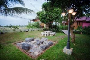 Romyen House, Гостевые дома  Ban Nong Nam Khan - big - 13