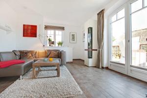 Landhaus Berthin Bleeg Buhne 4, Appartamenti  Wenningstedt - big - 4